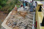 Pekerjaan Pemeliharaan Jembatan Blongkeng 'Amburadul'