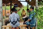 Kunker ke Mekar Jaya, Wabup Ngesti Janji Akan Bangun Jalan dan Jembatan