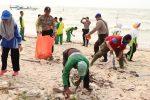 Polres Lingga Goro Bersama Elemen Masyarakat Sempena World Cleanup Day