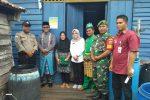 Personel Koramil 03/Sedanau Turut Kawal Penyaluran BPNT di Wilayahnya