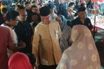 Didampingi Istri Tercinta Wali Kota Tanjungpinang Kunjungi Bazar Imlek